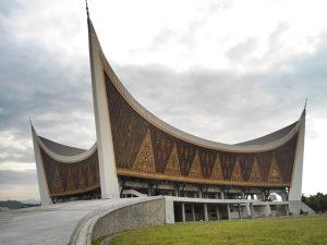 Arsitektur Unik Masjid Raya Sumatera Barat
