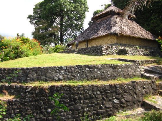 Masjid Bayan Beleq, Masjid Kuno di Lombok