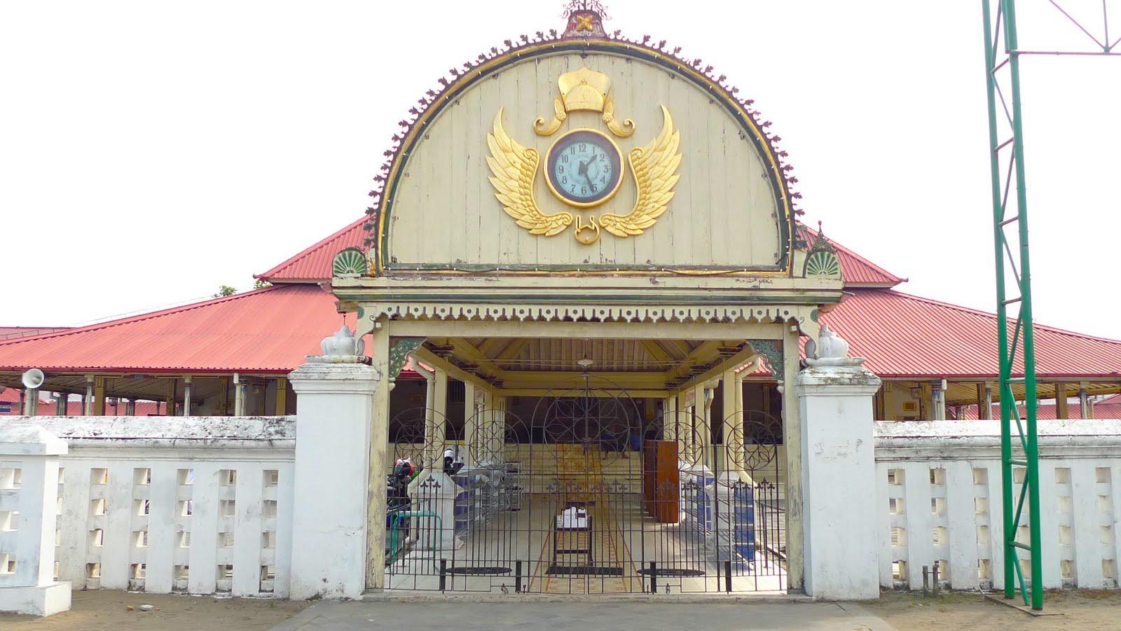Masjid Gedhe Kauman yang Sangat Bersejarah